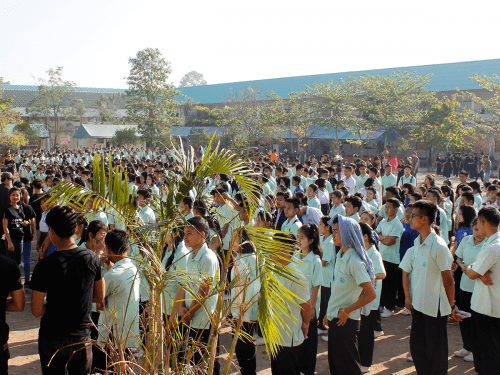 Thai students at an assembly